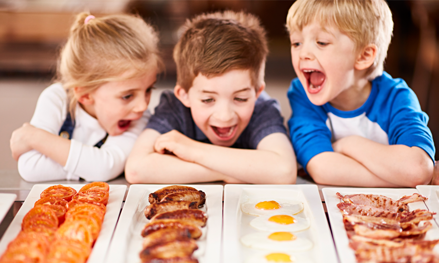 kids eat free breakfast